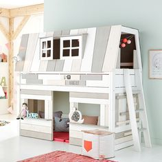 Hangout Mid Height Bed in White