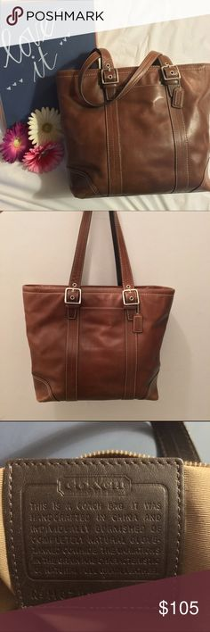 Leather Coach Bag Beautiful leather Coach bag.  This bag is big and can hold so much! I loved it and used it quite a bit.  There's some normal wear and tear and very small scuffs on the leather but overall, it's in good condition. Coach Bags Shoulder Bags