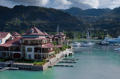 ¿Intercambio de casa en las #Seychelles? ¡Por supuesto! Alójate gratis intercambiando tu casa con ellos. #vacaciones #islas