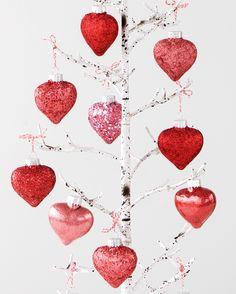Valentine's Day Decor: Glitter Heart Ornaments