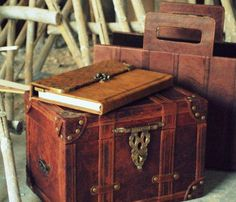 Leather Collectors Box