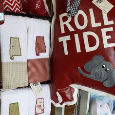 #tmmal #OneAndOnly #themakersmarket #Tuscaloosa #RollTide #Bama  #crafts #diy #handmade #shopsmall #mall #craftymom #boutiques #style #musthave #instaartist #artist #craftime #nofilter #love #instagood #beautiful #cute #cool #like #intsadaily #instalike