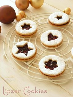 Linzer Cookies. A Delicious Christmas Cookie.