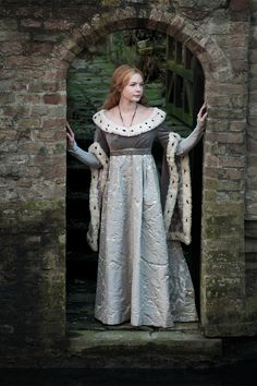 What you need to know about new Starz series The White Queen