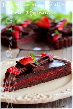 Les fraises et le chocolat, ce fameux duo dont on ne se lasse pas! Ce dessert est complètement délirant!! ;) ~Note: Malgré que nous ne s...