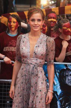 Young Emma Watson (1321×2000)