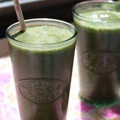 You'll go bananas for this yummy, energizing Green Banana Smoothie! (Photo credit: Candice Kumai)