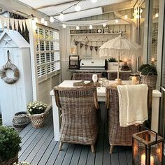 Outdoor Food, Outdoor Spaces, Outdoor Living, Outdoor Decor, Decks And Porches, Beautiful Interiors, Backyard Patio, Amazing Gardens, Cottage Style