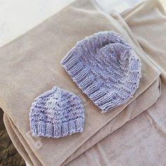 Knitting in the sun  Beanie for Baby and parents. Knitted of soft merino wool.  #knitting #diy #homemade #summer #beach #wool #weareknitters #handmade