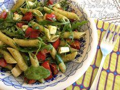 Muy Locos Por La Cocina: Ensalada de Pasta, Mozzarella, Pimiento y Rúcula con Pesto de Albahaca