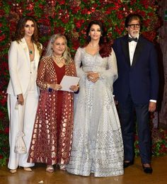 Amitabh Bachchan, Ambanis , SRK , Kareena And Others Grace Starry Wedding Reception Of Deepika Padukone And Ranveer Singh - HungryBoo Wedding Outfit For Boys, Indian Wedding Outfits, Bridal Outfits, Bollywood Party, Bollywood Fashion, Long Skirt And Top, Wedding Wows, Wedding Reception, Starry Wedding