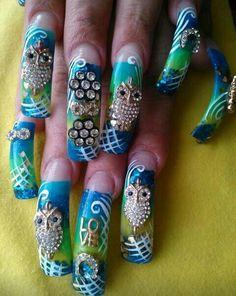 Mis uñas d BUHO....CUTE