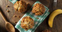 Muffinki bananowe wykonuję najczęściej według receptury Nigelli Lawson. Uwielbiam jej przepisy, ponieważ są proste, a przygotowanie pysznego dania zajmuje niewiele czasu...