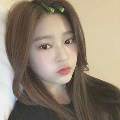 Kpop Girl Groups, Korean Girl Groups, Kpop Girls, Girl Korea, Yu Jin, Female Reference, Japanese Girl Group, Red Velvet Irene, Kim Min