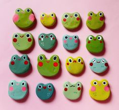 cute n happy things Cute Crafts, Diy And Crafts, Arts And Crafts, Polymer Clay Crafts, Diy Clay, Clay Art Projects, Cute Frogs, Cute Clay, Paperclay