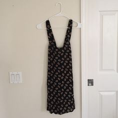 NWOT flower dress NWOT, flower, not Brandy, I bought it from a boutique Brandy Melville Dresses
