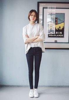 kfashion/ulzzang uploaded by jana on We Heart It Korean Girl Fashion, Korean Fashion Trends, Korean Street Fashion, Ulzzang Fashion, Korea Fashion, Asian Fashion, Simple Outfits, Casual Outfits, Cute Outfits