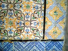 Antiche piastrelle in ceramica a Tunisi