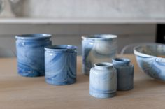 gunzler.polmar - marbled container | Norway Designs NÅ Norway Design, Bowls, Mason Jars, Candle Holders, Objects, Container, Candles, Ceramics, Mugs