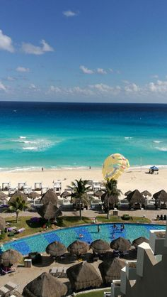 Cancún, México Bucket List Holidays, Cancun Resorts, Central America, North America, Healthy Food Delivery, Los Angeles California, Island Life, Travel Essentials, Trip Advisor