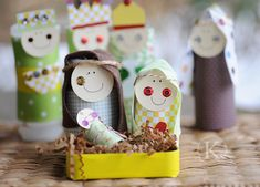 Recycled Christmas Nativity Set - Christmas Activities for Kids Paper Roll Crafts, Christmas Paper Crafts, Preschool Christmas, Christmas Nativity, Noel Christmas, Christmas Activities, Winter Christmas, Holiday Crafts, Holiday Fun