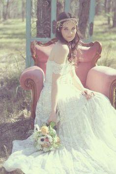 Boho bride lace wedding dress bohemian vintage unique free spirit Grace loves lace wedding dress Josee www.graceloveslace.com