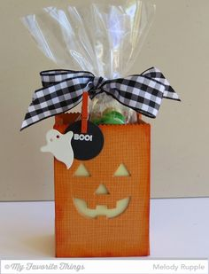 Cheesecloth Background, Spooky Sentiments, Circle STAX Set 1 Die-namics, Paper Bag Peek-a-Boos Die-namics, Paper Bag Treat Box Die-namics, Spooky Scene Die-namics - Melody Rupple #mftstamps