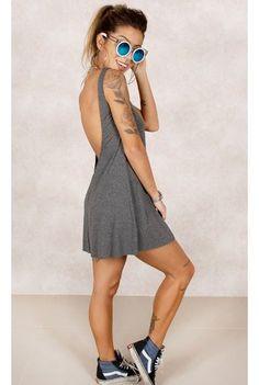 Só o vestido...Vestido Sassi Basic Grafite Fashion Closet - fashioncloset