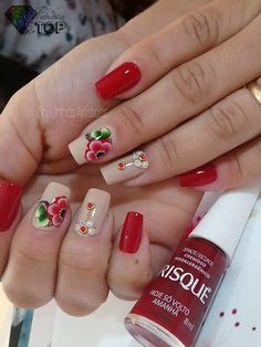 Gorgeous 50 French Nails with Flowers 2018 Nail Pops, Red Nail Designs, Flower Nail Art, Us Nails, Bling Nails, Stylish Nails, French Nails, Nail Manicure, Beauty Nails