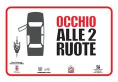 MILANO_OCCHIO_ALLE_DUE_RUOTE_ADESIVO