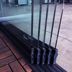 Sisteme din sticla pentru inchidere terasa | 7 ani garantie Baseball, Baseball Promposals