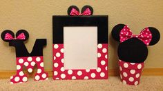 This listing is for Red or Pink Minnie Mouse Letters. Each letter is designed and hand painted by me. I use 9 inch letters with nail holes for easy