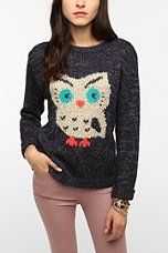 Owl sweaters are cuteeeeeeee because I just happen to LOVE owls...... likee A LOT!!!!!