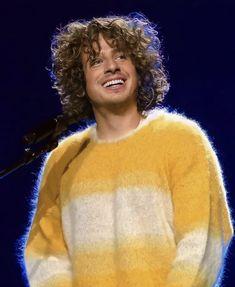 Curly Hair Problems, Curly Hair Tutorial, Curly Hair Routine, Charlie Puth, Fluffy Hair, Coily Hair, Cutest Thing Ever, Hair Day, Music Lovers