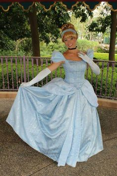 Cinderella Cosplay, Cinderella Disney, Walt Disney, Disneyland Princess, Disney Princess, Disney Face Characters, Disney Girls, Aurora Sleeping Beauty, Girly
