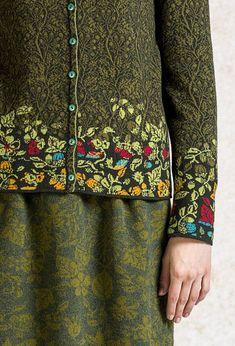 Cardigan Intarsia Pattern - Cardigan | Ivko Woman