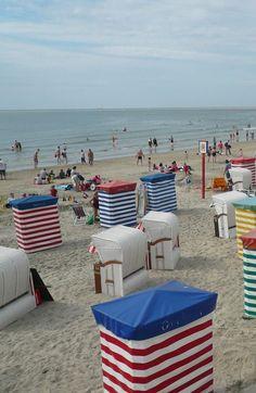 Alemania Germany Deutschland Islas Norte North Islands Borkum, North Sea - Germany ~ beach basket chairs