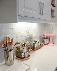 Home Decor Kitchen cool 54 Elegant Kitchen Desk Organizer Ideas To Look Neat.Home Decor Kitchen cool 54 Elegant Kitchen Desk Organizer Ideas To Look Neat Kitchen Desk Organization, Kitchen Desks, Home Decor Kitchen, Interior Design Kitchen, Home Kitchens, Diy Kitchen, Kitchen Counter Storage, Decorating Kitchen Counters, Counter Space