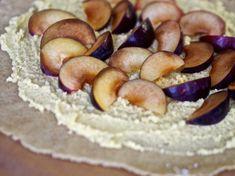 Luumugalette Louisen tapaan – Sikeltä sinulle Stuffed Mushrooms, Vegetables, Food, Stuff Mushrooms, Essen, Vegetable Recipes, Meals, Yemek, Veggies