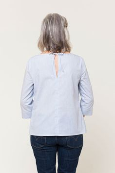 'York' woven tee free pattern download from Seamwork