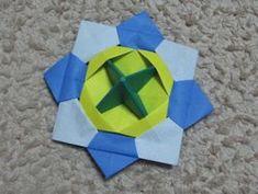 3人目は...双子!! 折り紙コマの折り方