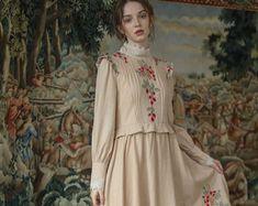 Vestido de ganchillo hippie ropa boho vestido gitano | Etsy Hippie Crochet, Gypsy Dresses, Vintage Gifts, Boho Outfits, Hippy, Vintage Dresses, Summer Dresses, Handmade, Etsy