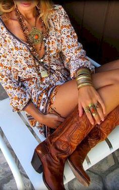 Beautiful Trending Boho Style Ideas to Copy Now 43