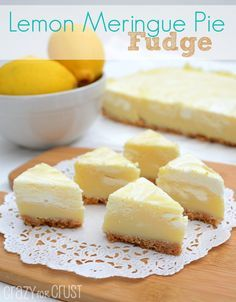This Lemon Meringue Pie Fudge is like lemon meringue pie in fudge form! It's fudge with a crust! Easy, fast, no cook - this is the perfect lemon fudge recipe. Lemon Desserts, Lemon Recipes, Fudge Recipes, Candy Recipes, Just Desserts, Sweet Recipes, Dessert Recipes, Other Recipes, Dessert Ideas
