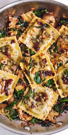 Ravioli with Spinach Artichokes Capers Sun-Dried Tomatoes. Vegetables are sau Ravioli with Spinach Artichokes Capers Sun-Dried Tomatoes The post Ravioli with Spinach Artichokes Capers Sun-Dried Tomatoes. Vegetables are sau appeared first on Vegan. Vegan Recipes, Cooking Recipes, Sausage Recipes, Potato Recipes, Cooking Kale, Vegan Ideas, Kale Recipes, Cooked Spinach Recipes, Pasta Recipies