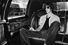The Verve: Richard Ashcroft. Photograph by Chris Floyd The Verve, Paul Weller, Classic Sports Cars, Britpop, London Photos, Soft Grunge, Creative Director, Old Photos, Rock N Roll