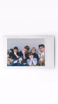 BTS Wallpaper #wallpaper #btswallpaper #bts #방탄소년단 #Bangtan #bangtanboys #RM #jin #suga #jhope #jimin #v #jungkook Acid Wallpaper, Bts Wallpaper, Screen Wallpaper, Iphone Wallpaper, Bts Bg, K Pop, Make My Day, Bts Polaroid, Bts Group Photos