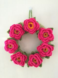 https://flic.kr/p/tyMuM5 | Crocheted Wreaths - Rosy Wreath
