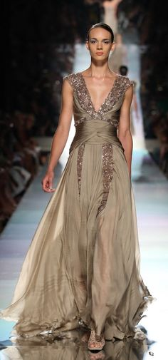 JACK GUISSO - Haute Couture 2011 - latte evening gown