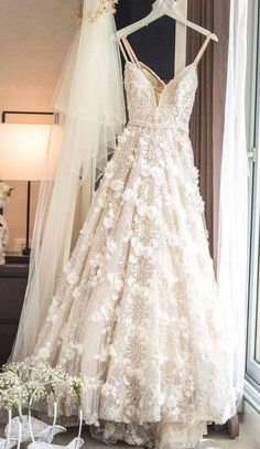 Brides dress. All brides want to find themselves finding the most appropriate wedding, however for this they require the ideal wedding dress, with the bridesmaid's dresses actually complimenting the wedding brides dress. These are a variety of tips on wedding dresses.